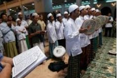 Berzanji Adalah Tradisi Islam di Nusantara