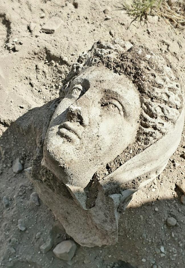 Άγαλμα του 3ου αιώνα μ.Χ. αποκαλύφθηκε στην αρχαία Πέργη
