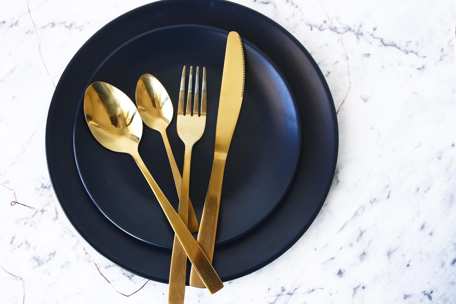 16- Piece Gold Cutlery Set / Matte Black Tableware (Dinner Plates Side Plates Bowls) & Kmart Haul #2 | The Noise in Wonderland