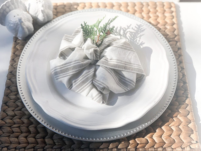 place- setting-fall-thanksgiving-decorating-table-