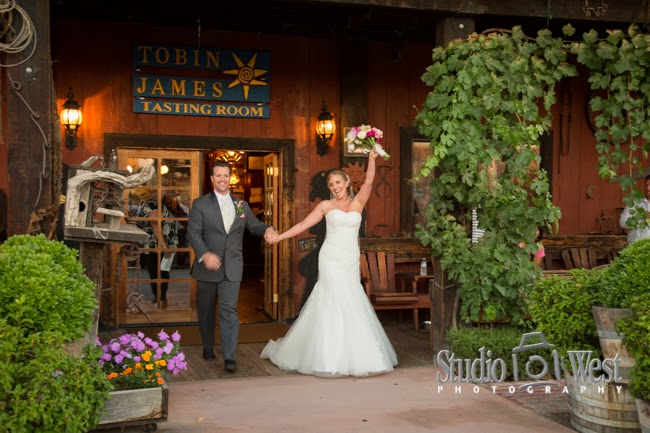 Bride and groom at Tobin James Tasting Room