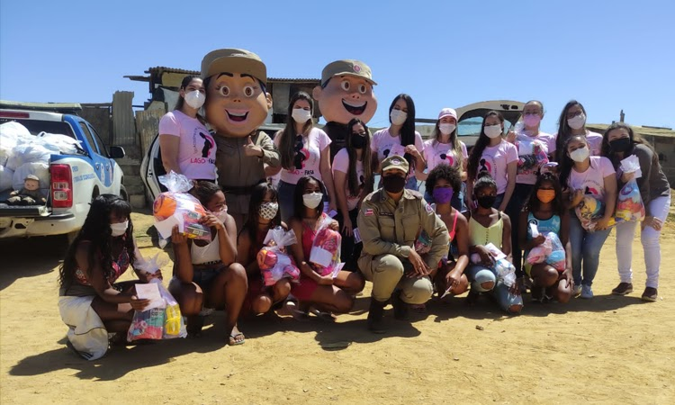 Patrulha Solidária entrega cestas básicas e kits de higiene em Vitória da Conquista