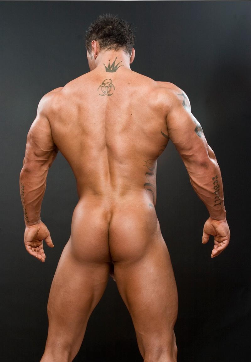 политические голый мускулистый парень мама бабушка