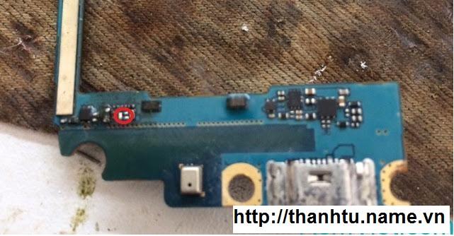 Samsung J500H Chạm Sạc Mất Nguồn
