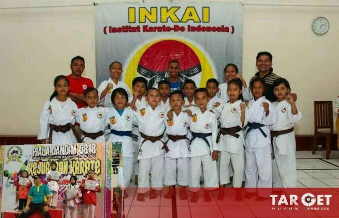 Membanggakan, Atlet Binaan Yonif R 514 Rebut Piala di Dua Kejuaraan Karate