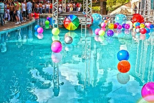 Radar da moda for Party in piscina