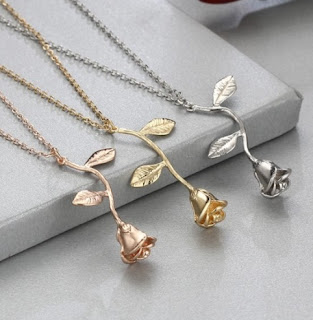 https://www.zaful.com/rose-flower-pendant-necklace-p_467045.html