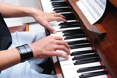 Nên học Đàn Piano hay đàn Organ