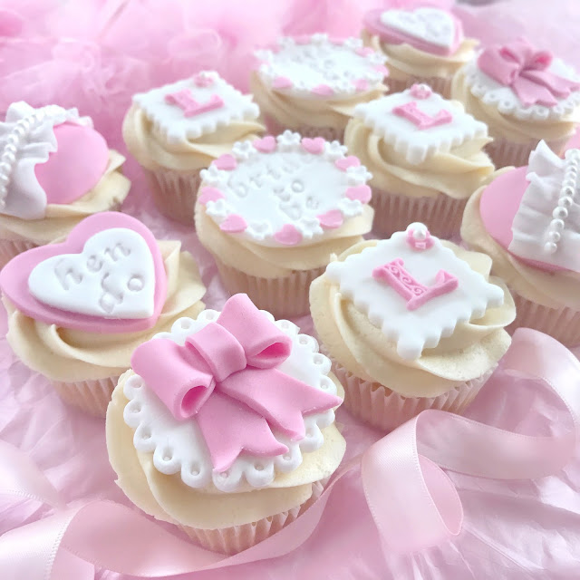 Hen Party Cupcakes | Pretty Pink Hearts, Bows & Pearls