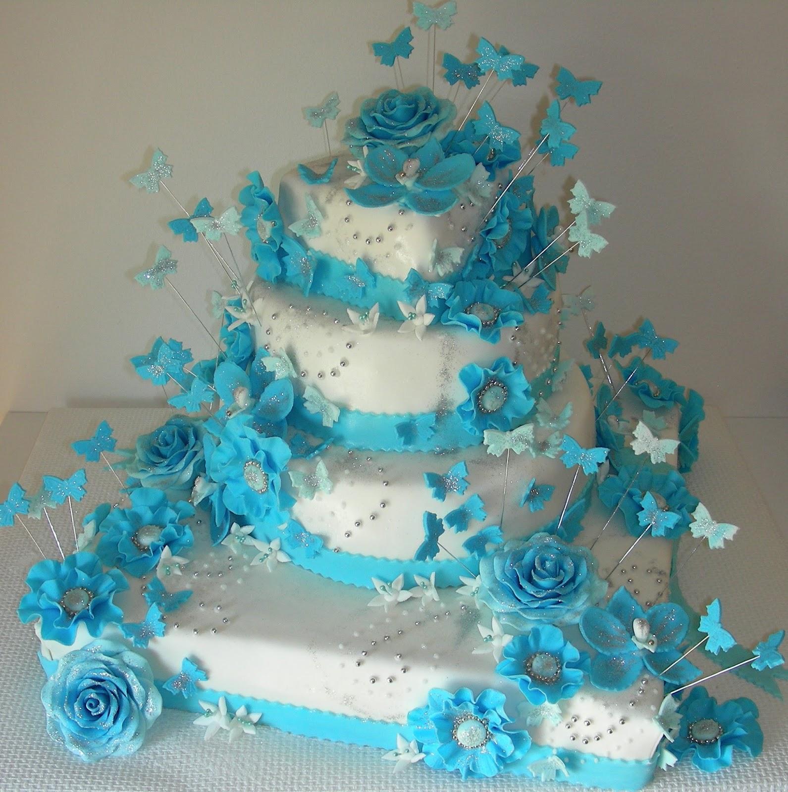 Gateaux Daline Gâteau De Mariage Turquoise Blanc Avec Des