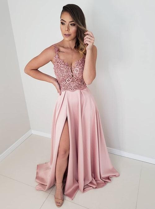 vestido longo rosa com fenda