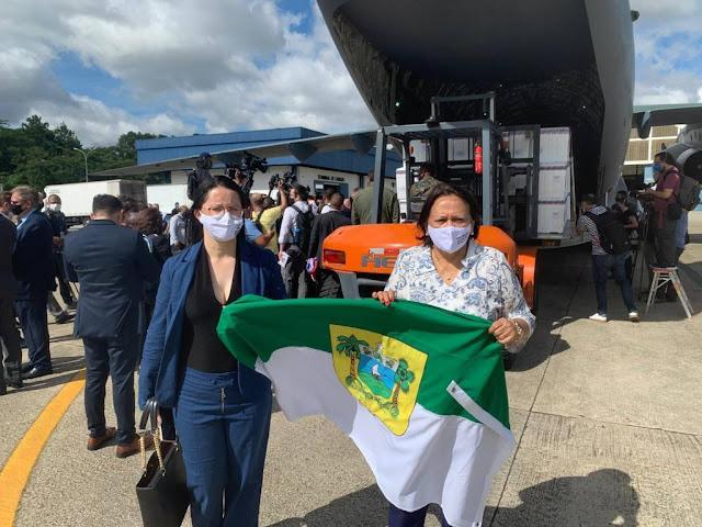 Governadora acompanha embarque do 1º lote de vacinas contra a Covid-19 para o RN