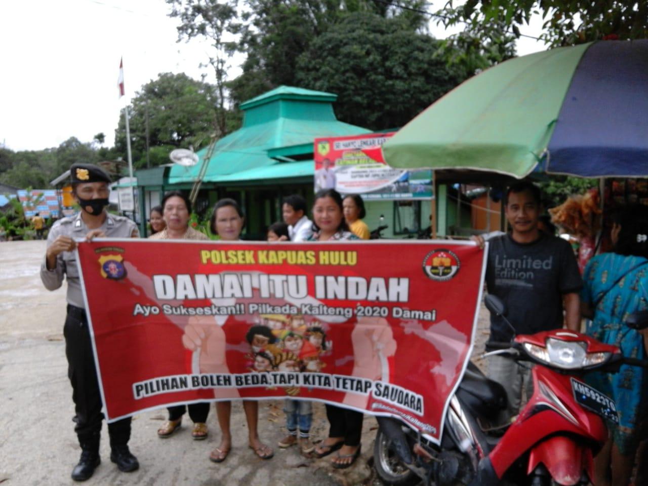 Polsek Kapuas Hulu melaksanakan patroli dialogis jelang Pilkada