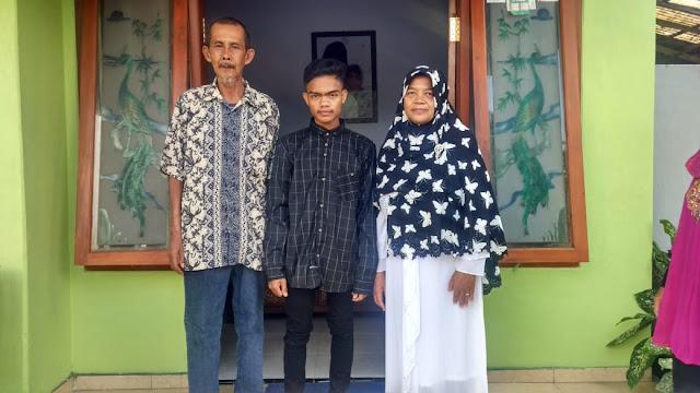 foto-keluarga-3-orang
