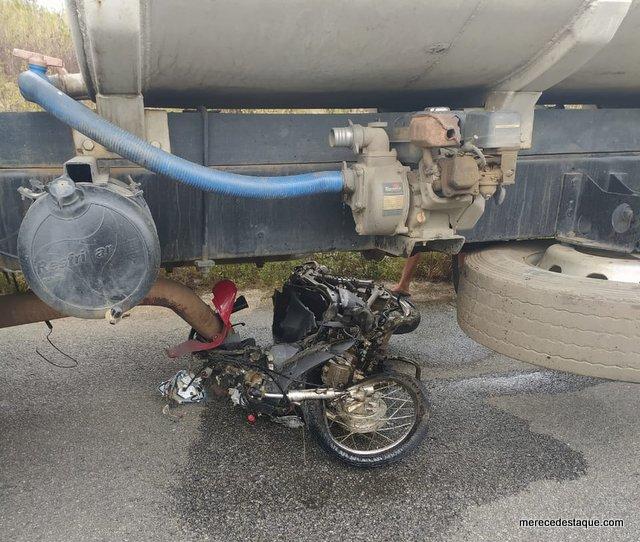 Grave acidente com vítima fatal é registrado na PE-160, entre Santa Cruz e Poço Fundo