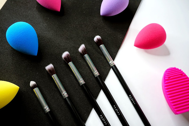 BEAKEY BEAUTY BLENDER SET AND MAKE-UP BRUSHES REVIEW