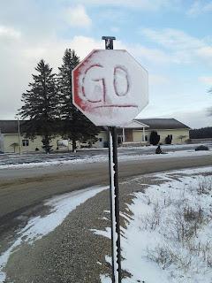 broma de señal de trafico