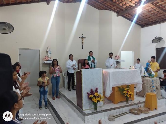 Foto Eucaristia na Comunidade São Pedro, Bairro Aeroporto em Mata Roma - MA 29-06-2021