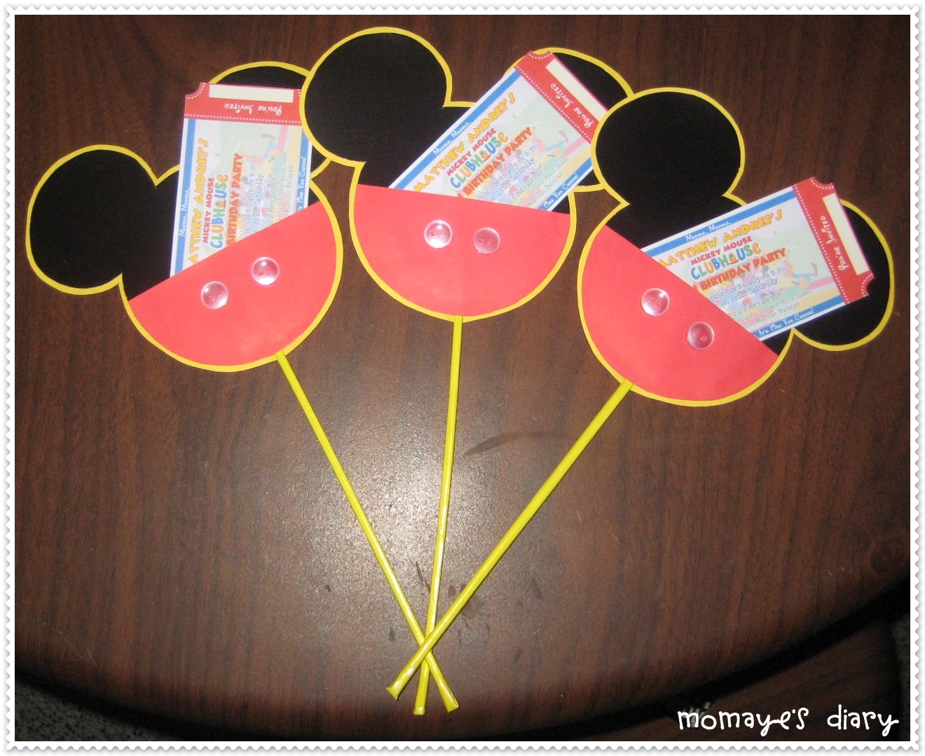 Do It Yourself The Mickey Mouse Invitation