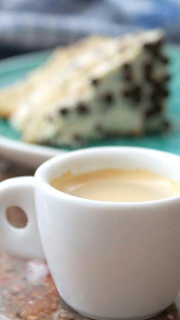 kawa,czy kawa jest zdrowa,stracciatella,lody stracciatella,zupa stracciatella,idealny biszkopt,biszkopt który nie opada,ciasto na urodziny, tort,jak zrobić biszkopt,z kuchni do kuchni,