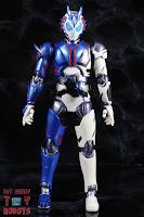 SH Figuarts Kamen Rider Vulcan Shooting Wolf 03
