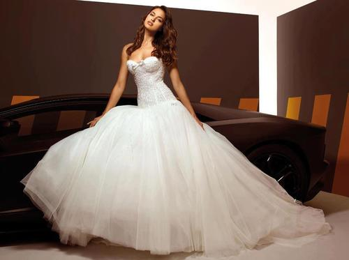 Irina Shayk for Alessandro Angelozzi Couture 2013 Bridal Collection ... 6953025afd3