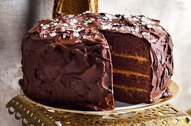 Salted Caramel Chocolate Cake #chocolate #cake