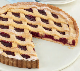 Almond-and-Raspberry-Lattice-Tart-Recipe