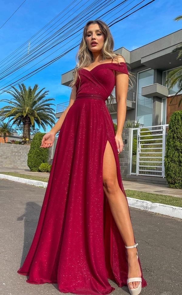 vestido longo marsala em tecido com brilho