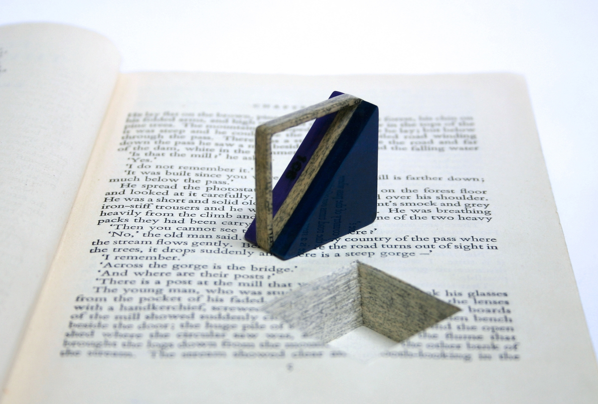 17-Jeremy-May-Artistry-and-Innovation-with-Paper-Jewelry-Rings-www-designstack-co