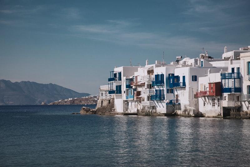 Mykonos Destinasi Travel Wisata Favorit Yunani