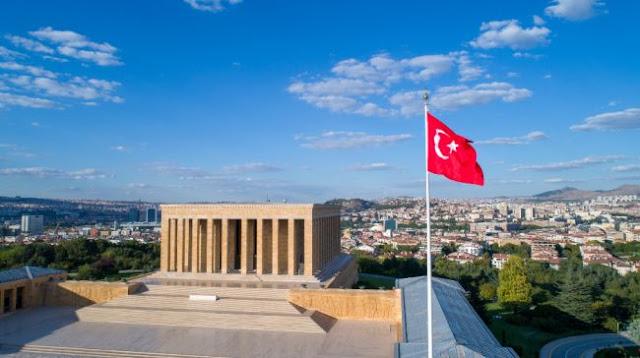 Ο τουρκικός λαϊκισμός θα τους οδηγήσει σε καταστροφή;