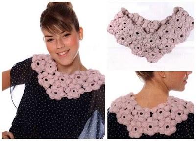 Cuello compuesto de flores de crochet
