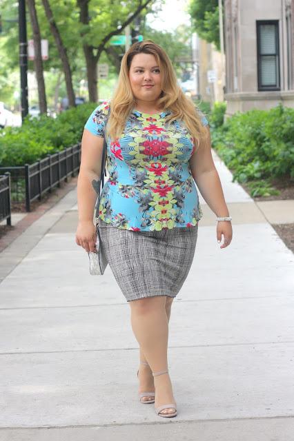floral print, neon floral, floral symmetry, natalie craig, natalie in the city, chicago, fashion blogger, plus size fashion blogger, chicago blogger, windy city bloggers, vince camuto pencil skirt, plus size fashion, fatshion