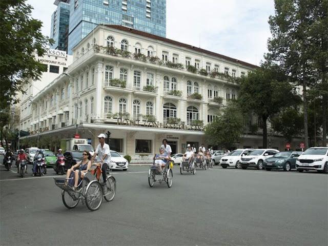 Continental Sài Gòn là khách sạn boutique cổ ở Việt Nam, nằm ngay vị trí đắc địa ở khu vực trung tâm thành phố tại giao lộ Đồng Khởi và công trường Lam Sơn. Ảnh: Saigontourist Group.