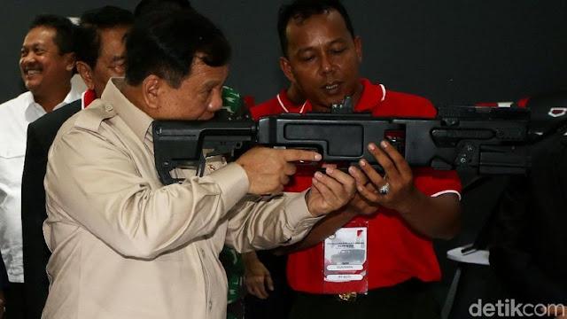 Menhan Prabowo: Alhamdulillah, Industri Senjata Indonesia Sudah Sangat Maju