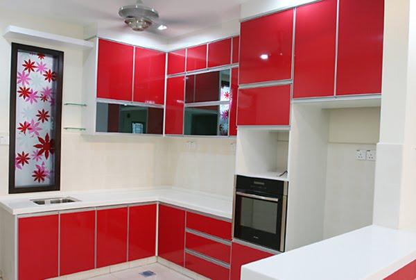 Contoh desain dapur warna merah