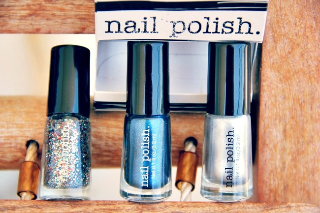 H&M blue and gray nail polish set