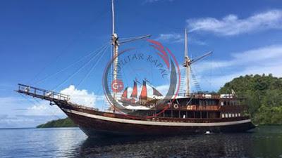 Kapal Phinisi Premium Panjang 30 Meter, 5 Kamar Tamu