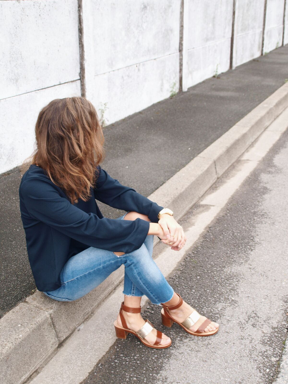 blue-feeling-coastalandco-blog-hendaye-paysbasque-fashion-mode-beaute-jeans-destroy-girl-boheme-casual-hair-smile-blogspot-blogger-zara-asos