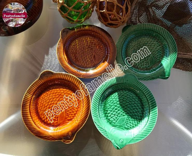 French Sarreguemines Pottery Fish Plates Set  in Chestnut Brown and Emerald Green