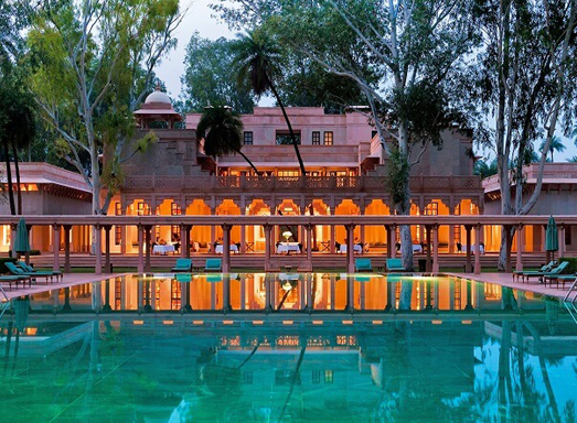 Swimming pool in Amanbagh