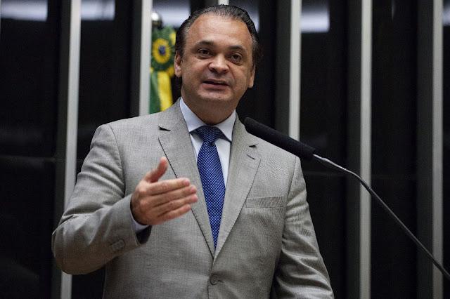 Roberto de Lucena quer mais rigor contra agressor de idoso
