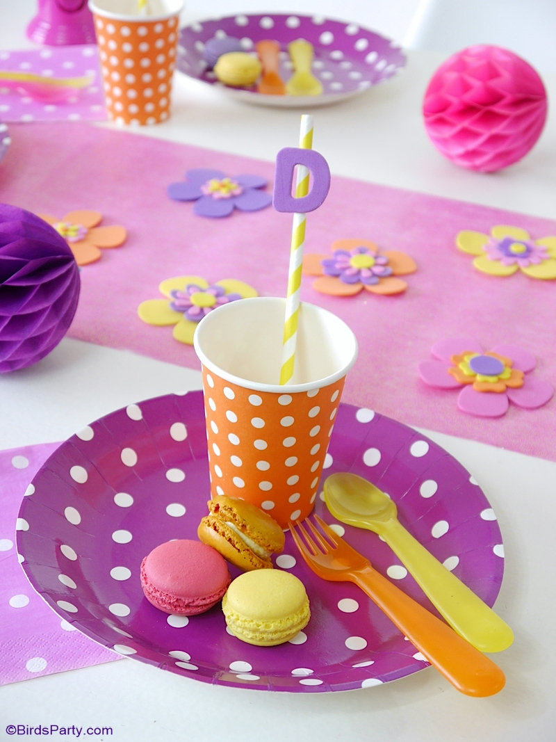 Kids Craft Party Ideas - easy decorations, DIY styling, party ideas and party favors for a crafty girls birthday party! by BIrdsParty.com @birdsparty #diycrafts #kidscrafts #craftsparty #craftsbirthdayparty #artscraftsparty #artscraftsbirthday #sewingbirthday #crochetbirthday