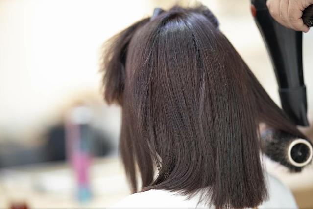 Zniszczone włosy po wakacjach? Jest na to sposób!