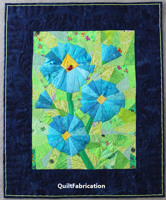 Scraplicious Florabunda wall hanging by QuiltFabrication