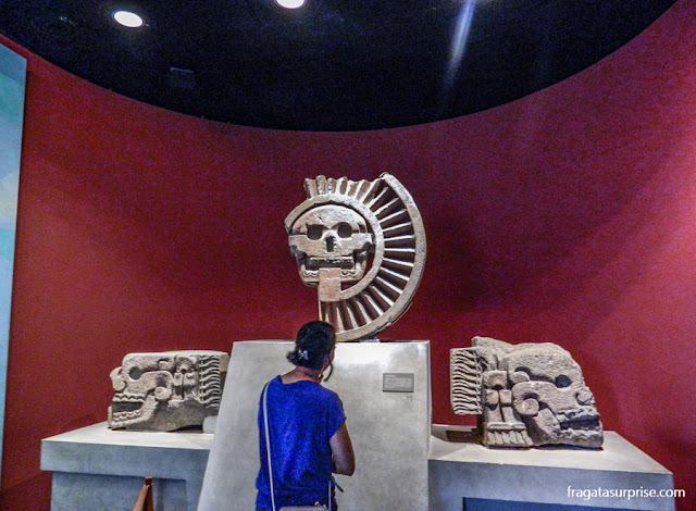 Disco da Morte de Teotihuacán exibido no Museu Nacional de Antropologia do México