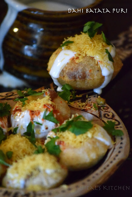 http://shitals-kitchen.blogspot.com/2017/01/dahi-batata-puri.html