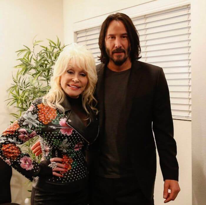 Keanu Reeves Doesn't Touch People When Taking Photos And The Reason Why Remains A Mystery