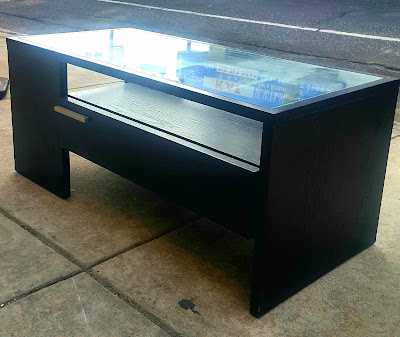Uhuru Furniture Amp Collectibles
